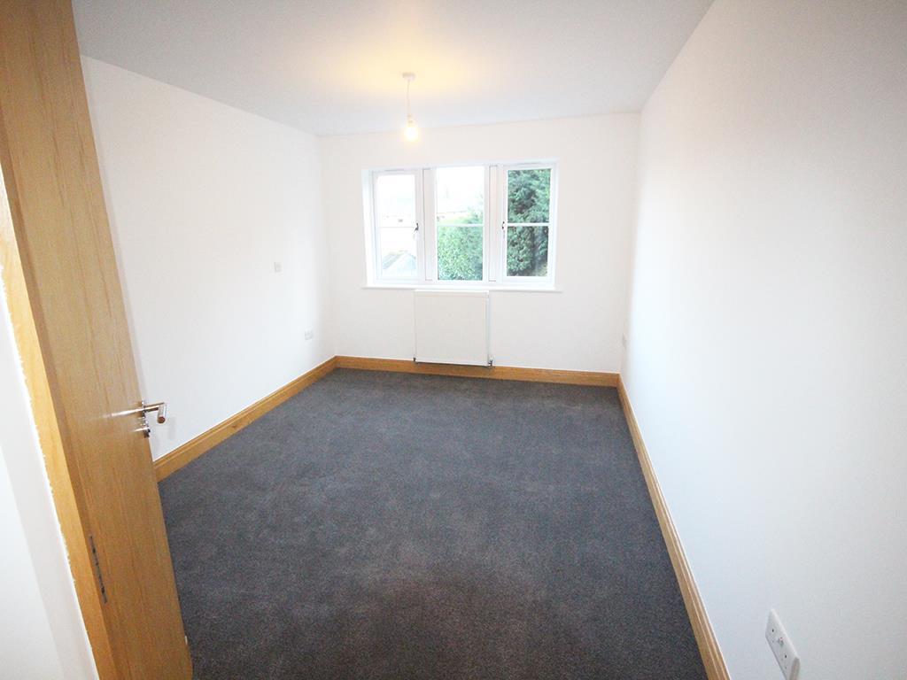 2 bedroom flat For Sale in Foulridge, Colne - IMG_0918.jpg